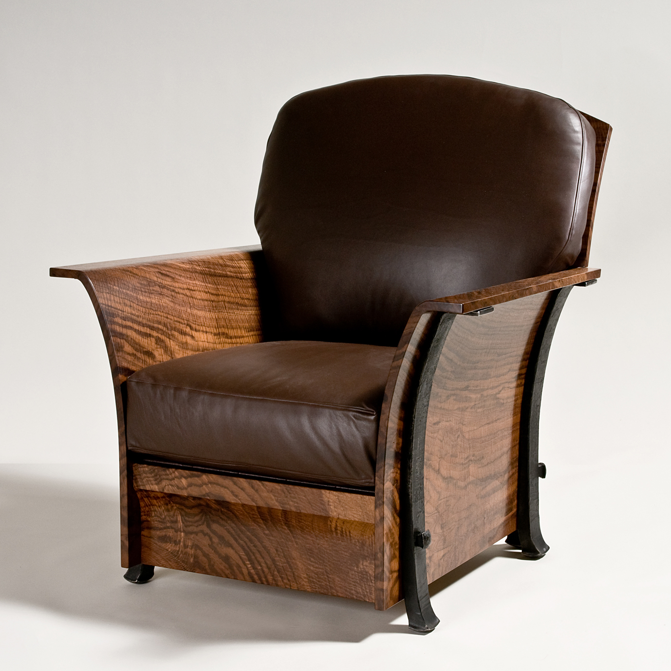 The western design conference exhibit sale turns 25 this for Red chair design jackson wy