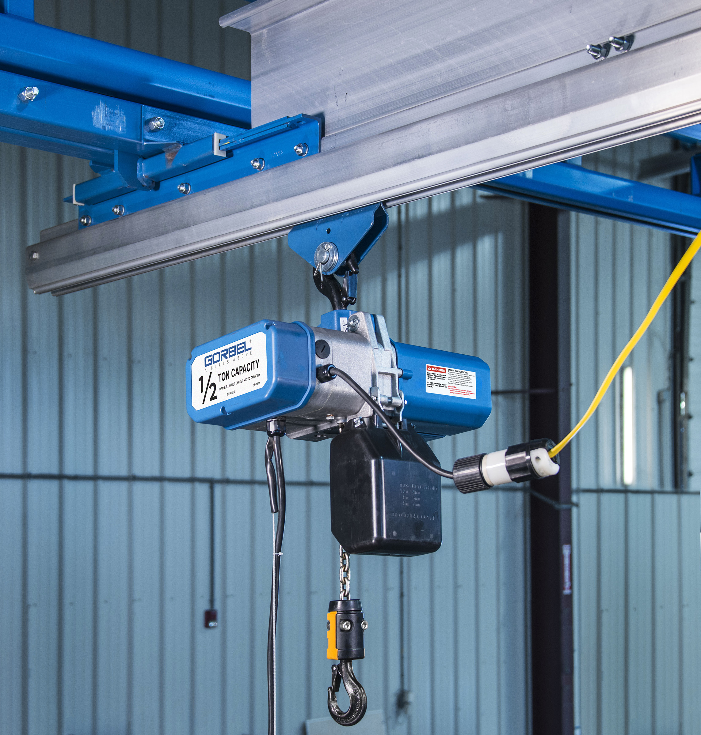Gorbel Crane Engine Lift : Gorbel launches new gs series electric chain hoist line