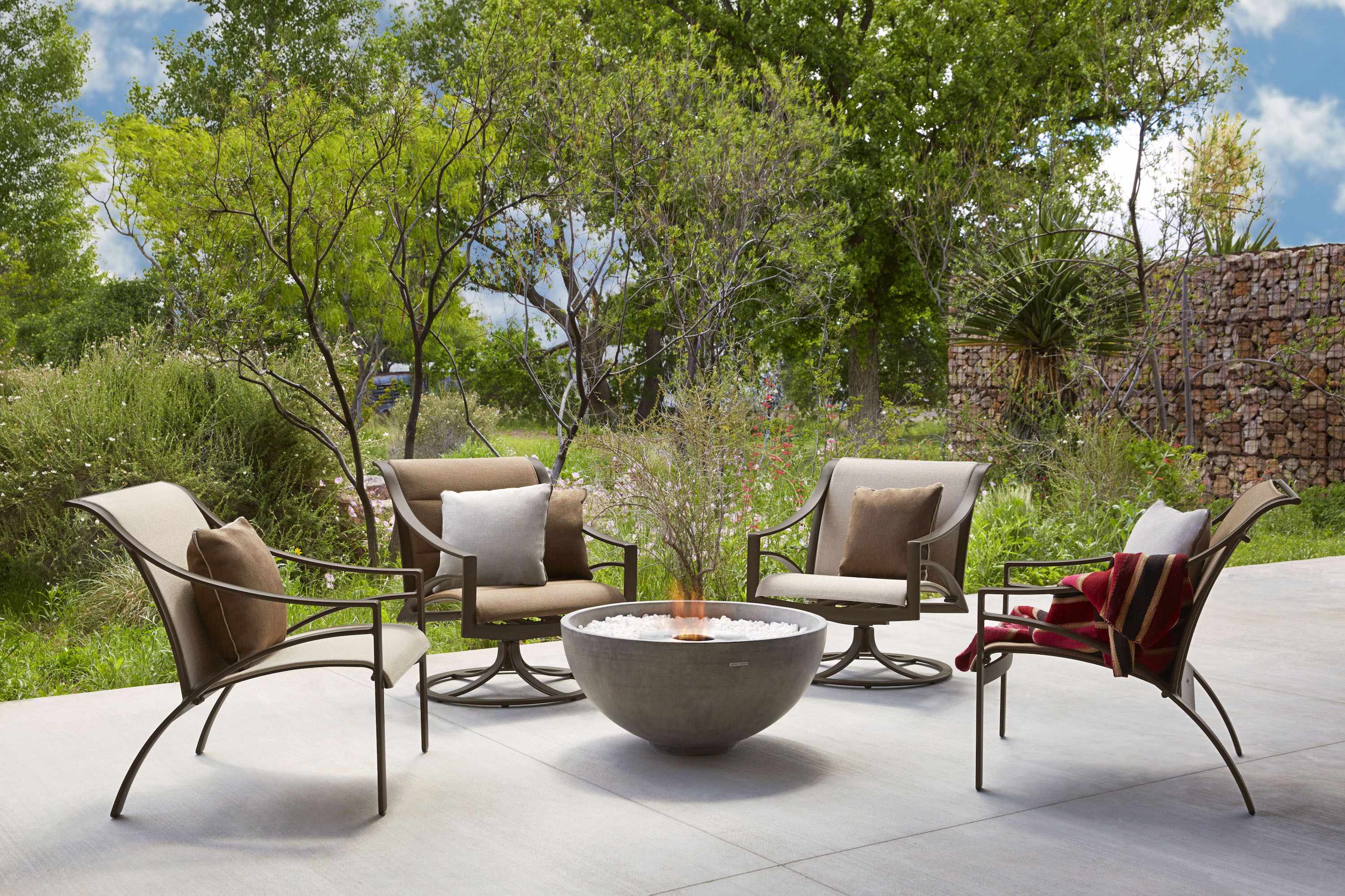 Anthony S Patio Exceptional Furnishings For Outdoor Living Opens Pop Up Showroom At Hill