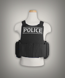 Warrior Trail has developed a complete and customizable active shooter response kit that includes both the vest and ballistic plates.