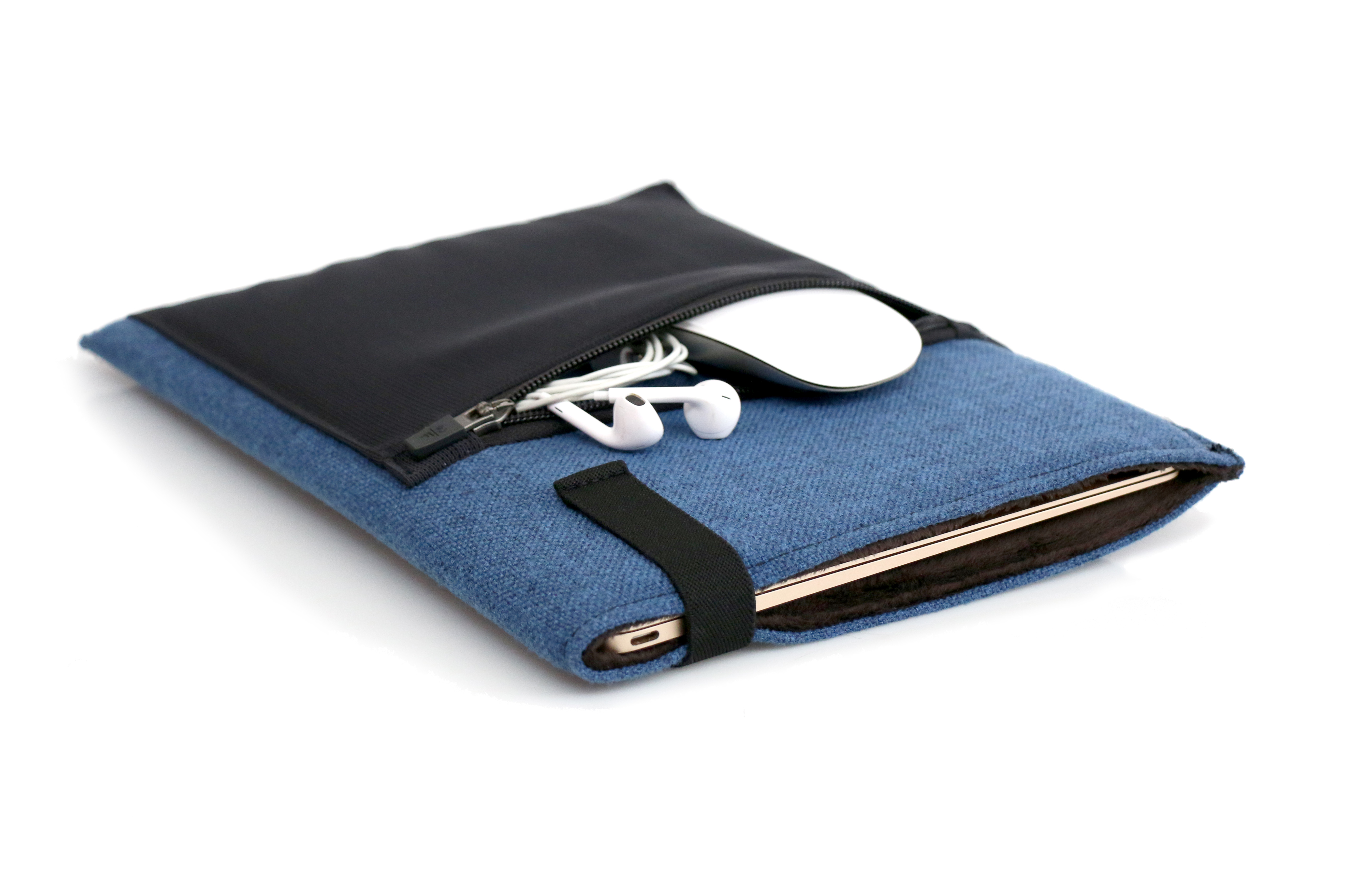 waterfield upgrades ultra thin dash laptop sleeve for apple s new