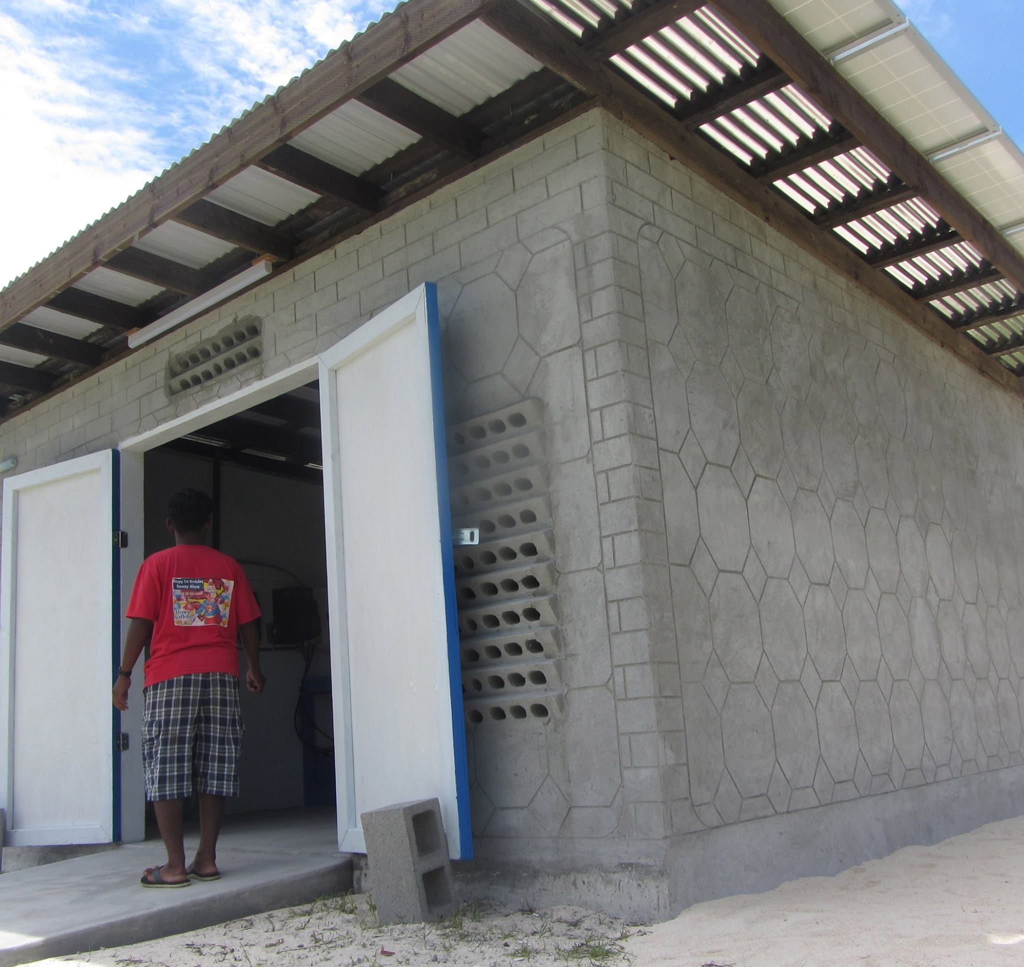 Marshall Island Solar Mini Grids Make Water Save Lives