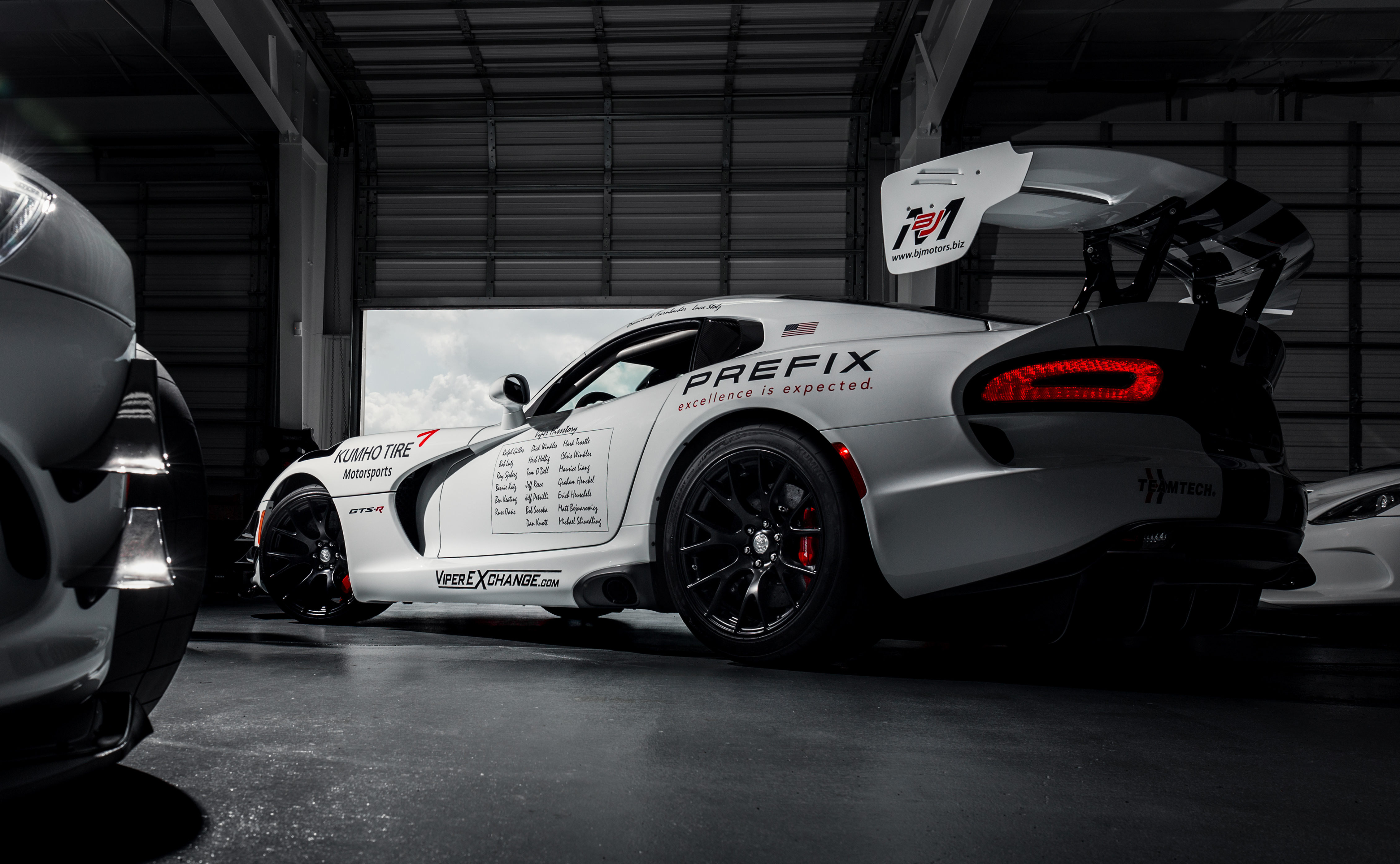 Dodge Viper Acr >> Prefix Corporation Joins Effort to Take Viper Back to ...