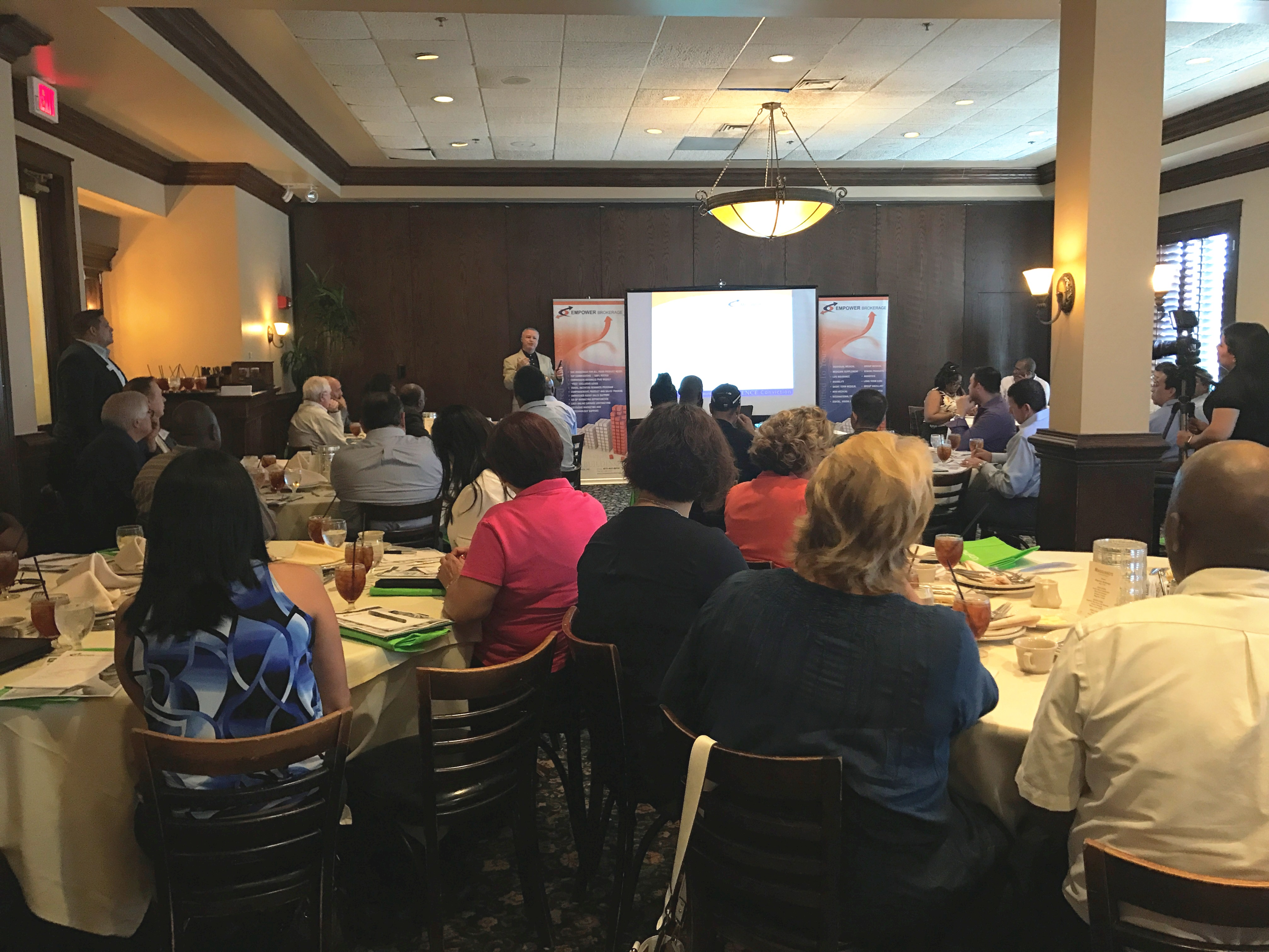 791a993ad09e Health Insurance Marketplace Leader Educates Local Agents About Changes