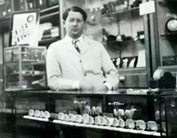 Martin Kaminsky behind the counter of the very first GEM location in 1947