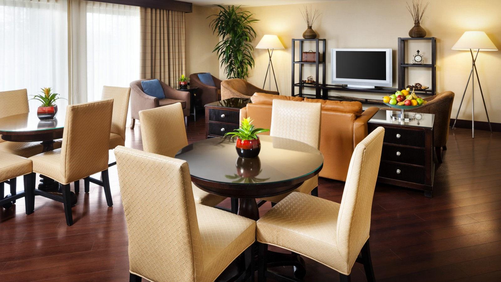Crescent Hotels Amp Resorts To Manage Sheraton Milwaukee