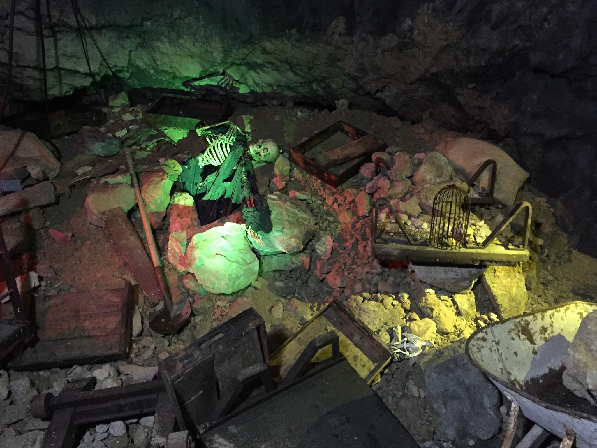 World S First Underground Drop Ride Opens At Glenwood