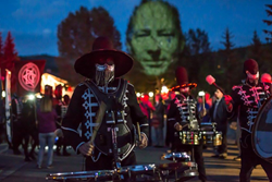 breckenridge, summer, events, arts, festival, colorado, monuments, craig walsh, itchy-o
