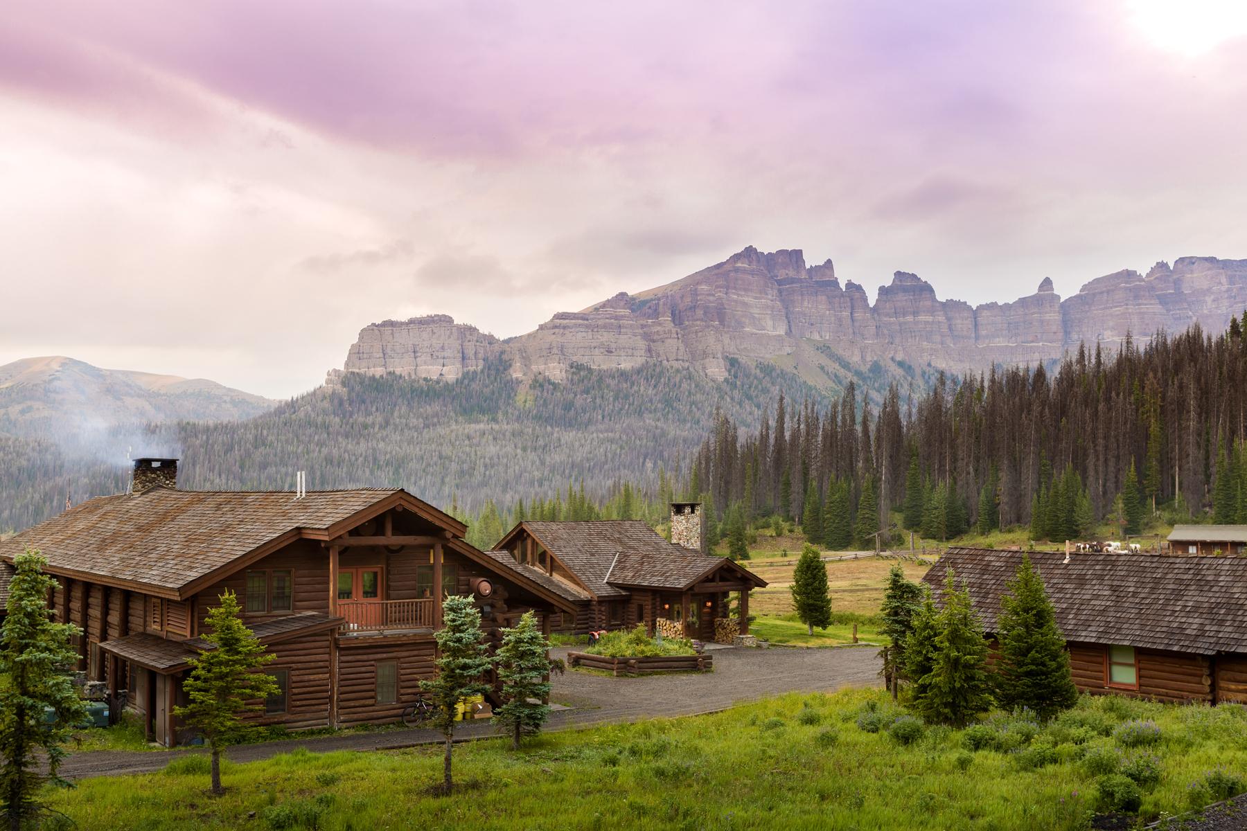 brooks lake lodge  u0026 spa reveals four fabulous fall travel reasons to visit the jackson hole area