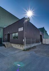 Kelowna moving company Bekins Moving and Storage increases its moving and storage services as the Okanagan sees a strong seller's real estate market.