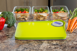 The NutriScale Board combines the functionality of a kitchen scale with optional dual cutting surfaces. Cut, weigh and dispense using one space-saving kitchen device, for healthy eating and portion control.