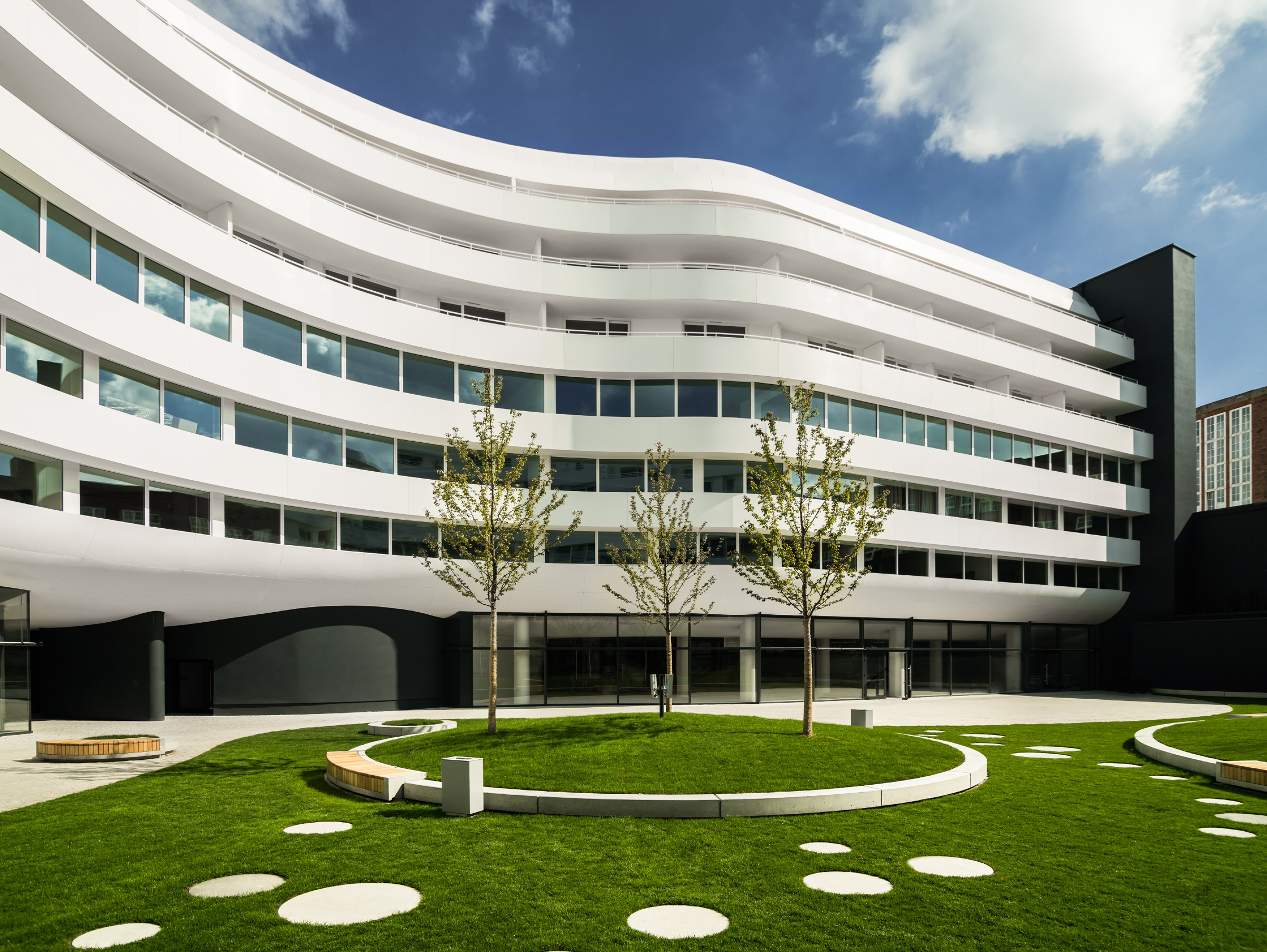 Dupont Introduces New Corian Exterior Cladding For Modern Memorable Fa Ades