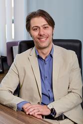 Dr. Igor Turok