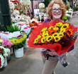 CA Flower Mall Parades Flower Design Talent on Thanksgiving Day