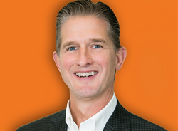 Head shot of Don Lee, fractional CMO with Chief Outsiders