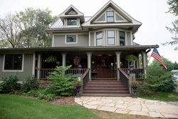 Lincoln Way Inn Bed & Breakfast offers an awe-inspiring destination experience that engages guests in the sights, sounds, and tastes of the prairie countryside. Lincoln Way Inn is part of Stone Heritage Collection, the leading luxury hospitality arm of TAWANI Enterprises.