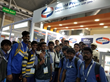 Future Technicians Take a Picture with Richard Apodaca, Director International Uniweld Products