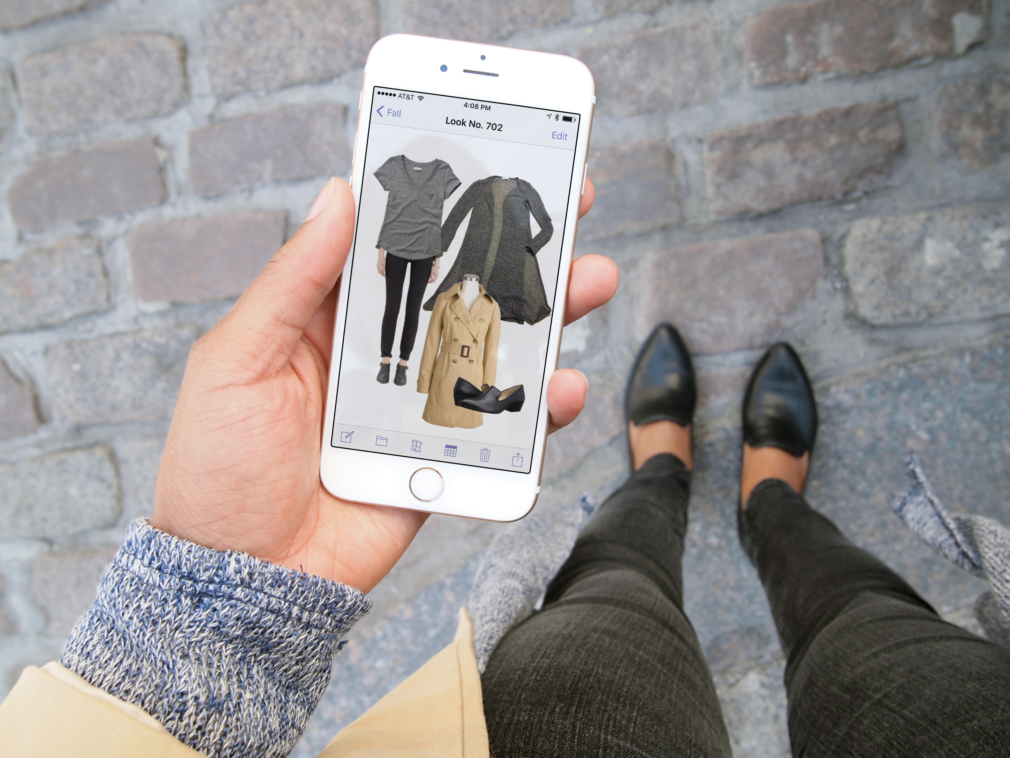 As Polyvore Shutters, Their Customers Migrate to the