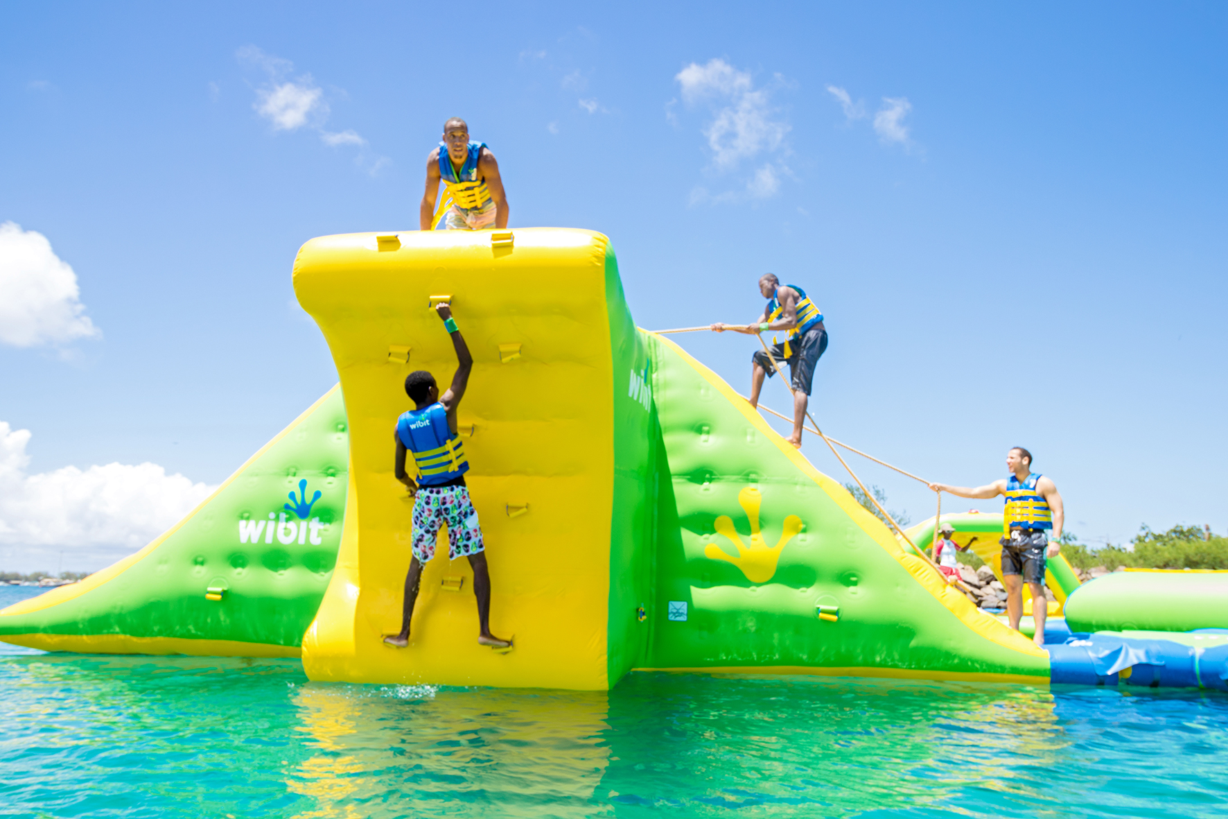 Splash N Dash Aqua Park Set To Open At Central Valley S