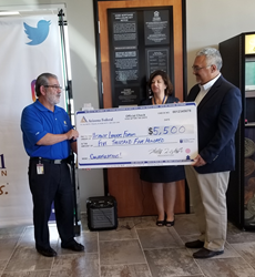 Arizona Federal Credit Union presents check to Hispanic Leaders Forum