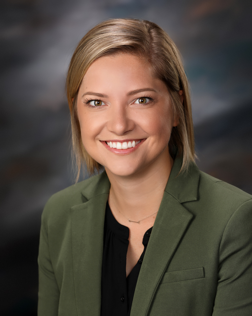 Austell Dental Center P C: Iowa Dental Arts PC Welcomes Dr. Jennifer Ross To The West