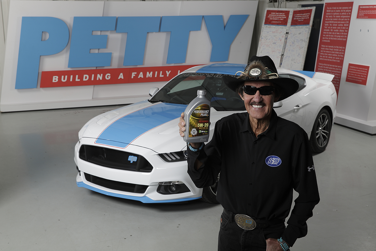 Richard Petty Motorsports >> Richard Petty Motorsports and Safety-Kleen® Are Geared Up to Race into the Future Together