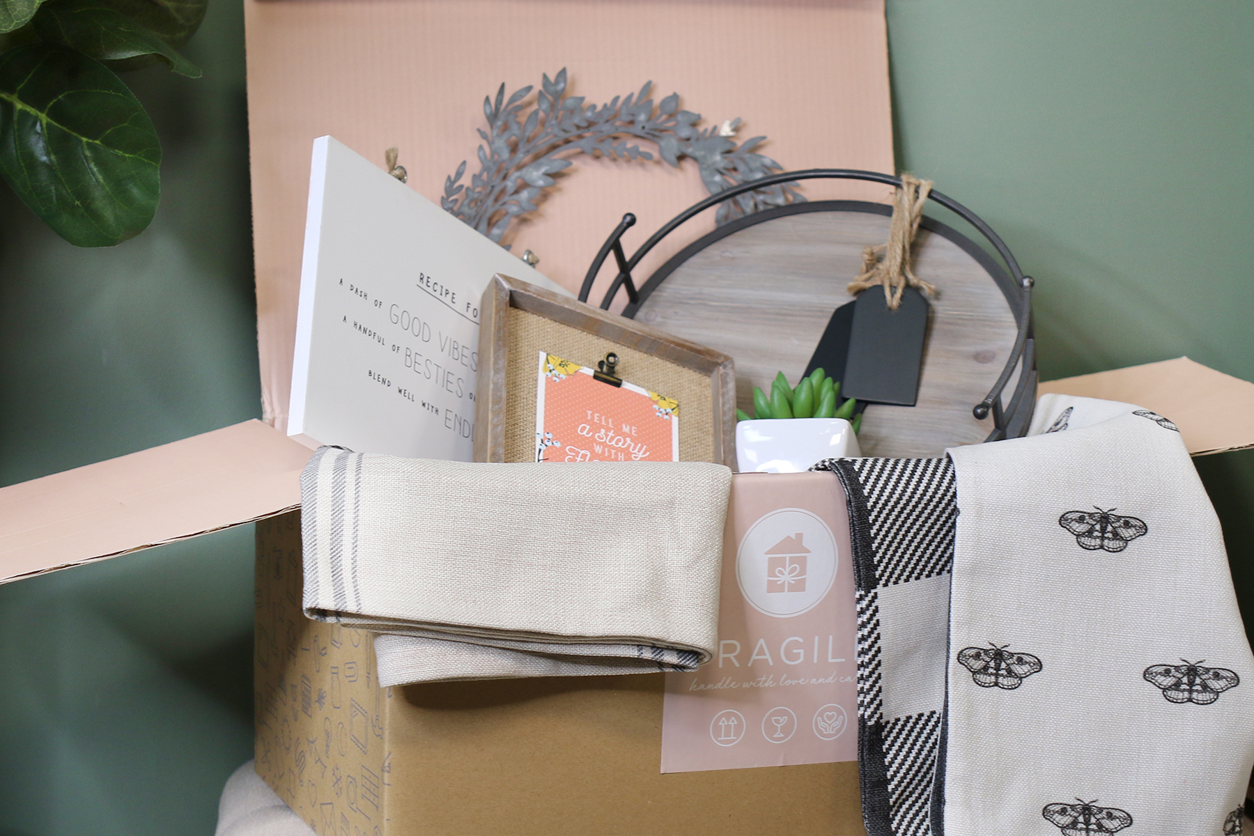 Decocrated a new home d cor subscription box company - Home decor subscription box ...