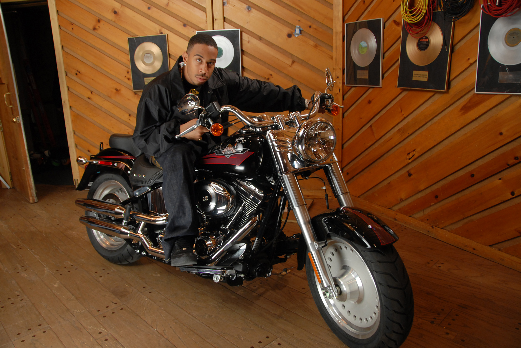 Live Ebay Auction Offering Brand New 2007 Harley Davidson Flstf Fat Boy Motorcycle Proceeds To Benefit The Ludacris Foundation