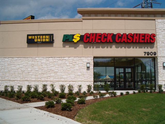 Pls Check Cashers Celebrates Its 100th Store With Grand Opening In Dallas