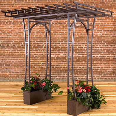 Tips For Utilizing Trellises And Arbors In Summer Garden Landscaping