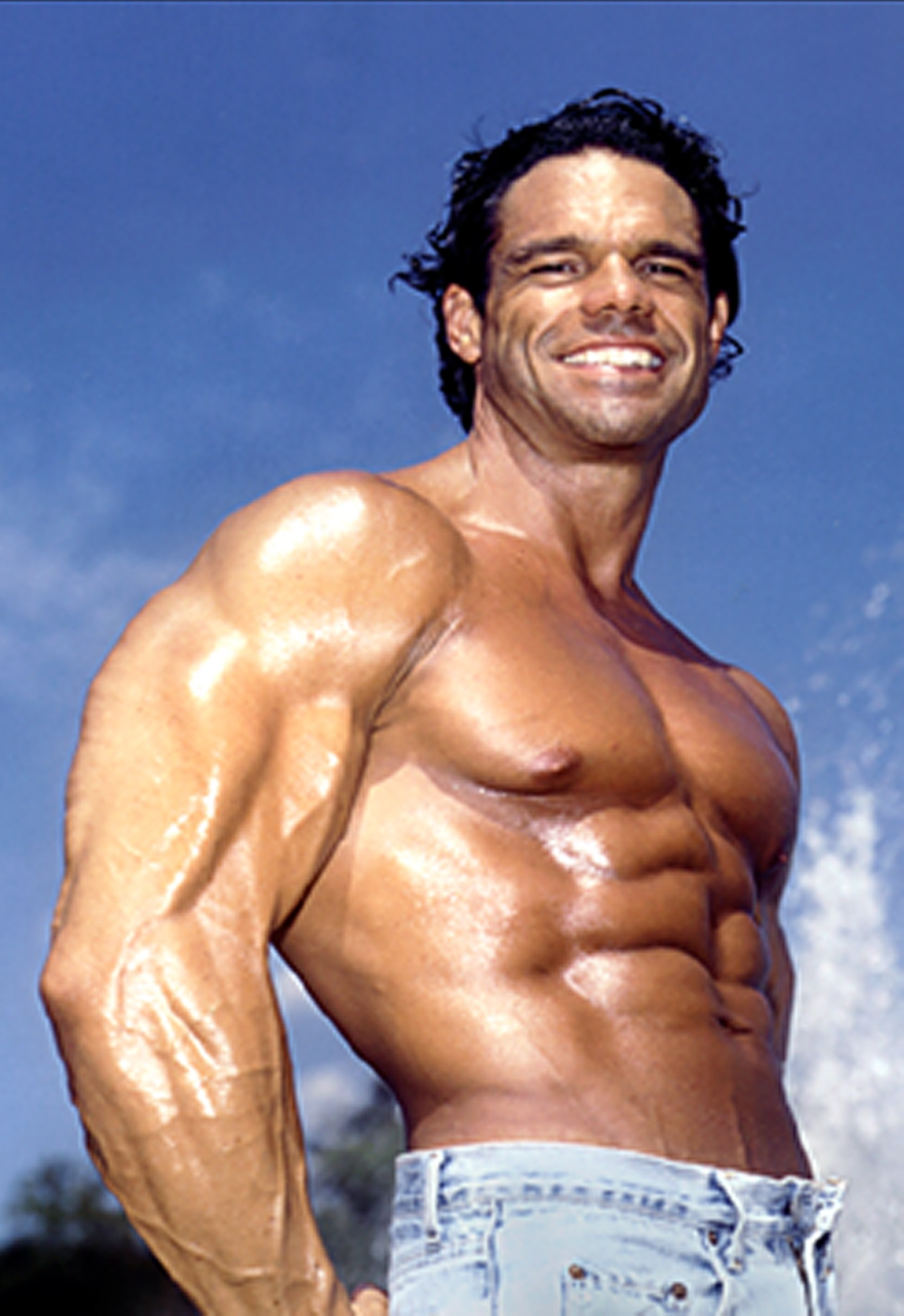 Author Bodybuilder Paul Burke Releases New Book On Nutrition