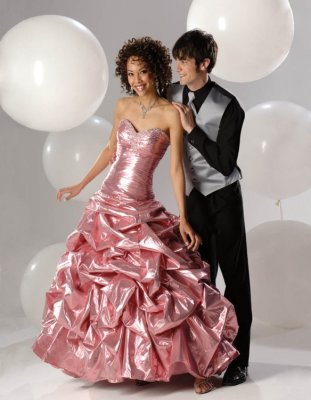 Style Watch for 2008 Prom Dresses -- Find My Prom Dress