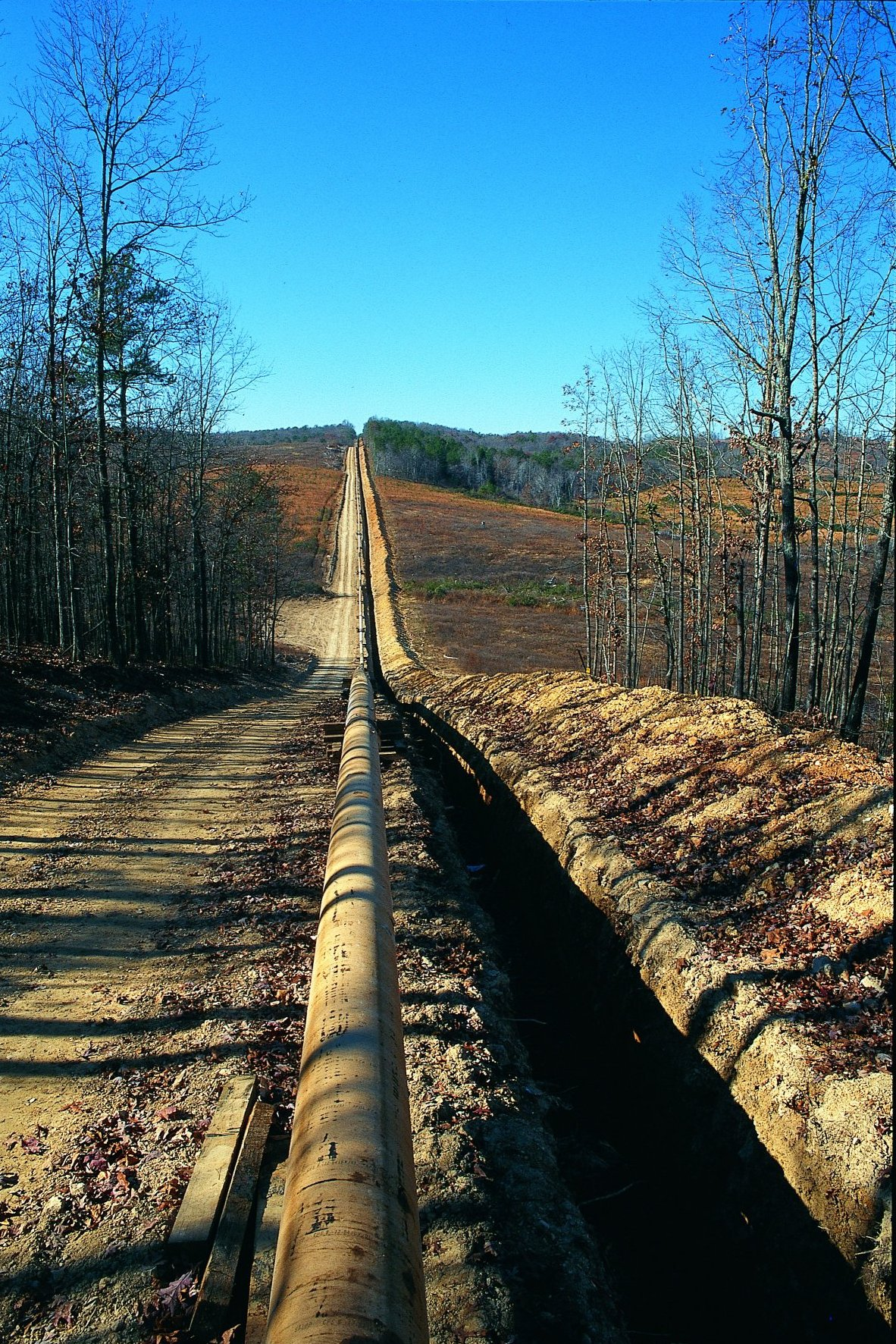 the efficiency of pipeline distribution makes new cross country lines a viable investment