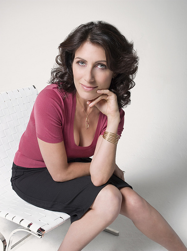 Best Speaker Wire >> Lisa Edelstein, Star of 'House,' Keynote Speaker at 'No More Homeless Pets Conference' in Las Vegas