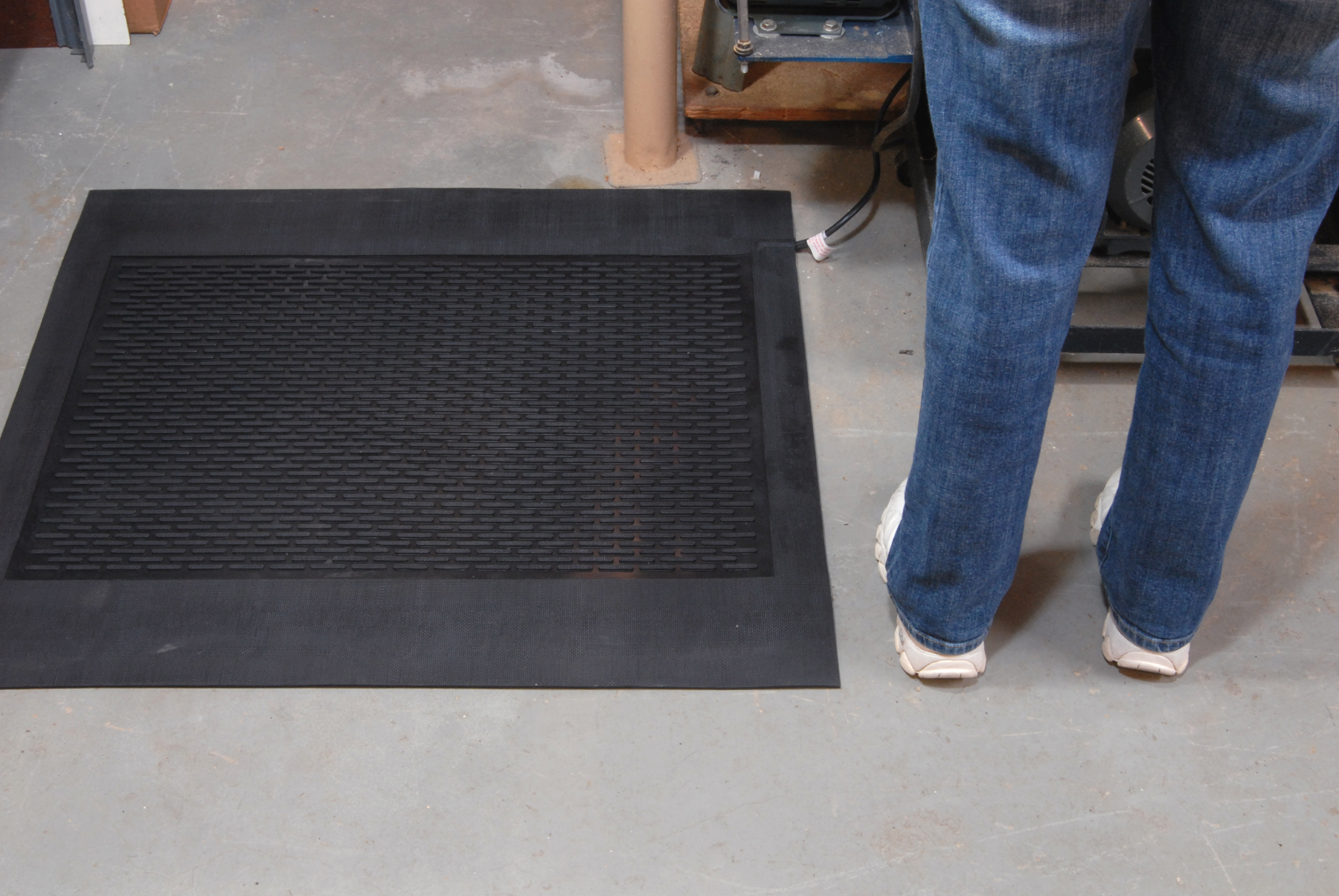 Martinson Nicholls New Heated Work Mats Replace Space