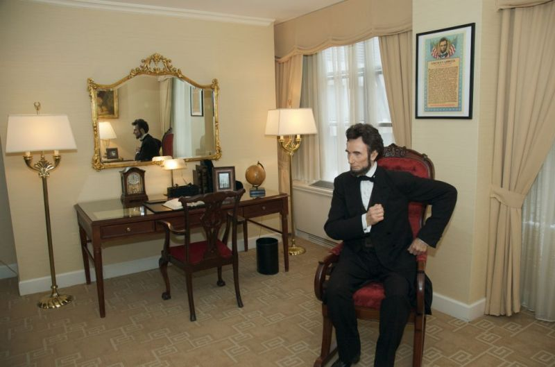 Washington D C S Loews Madison Hotel Celebrates Lincoln