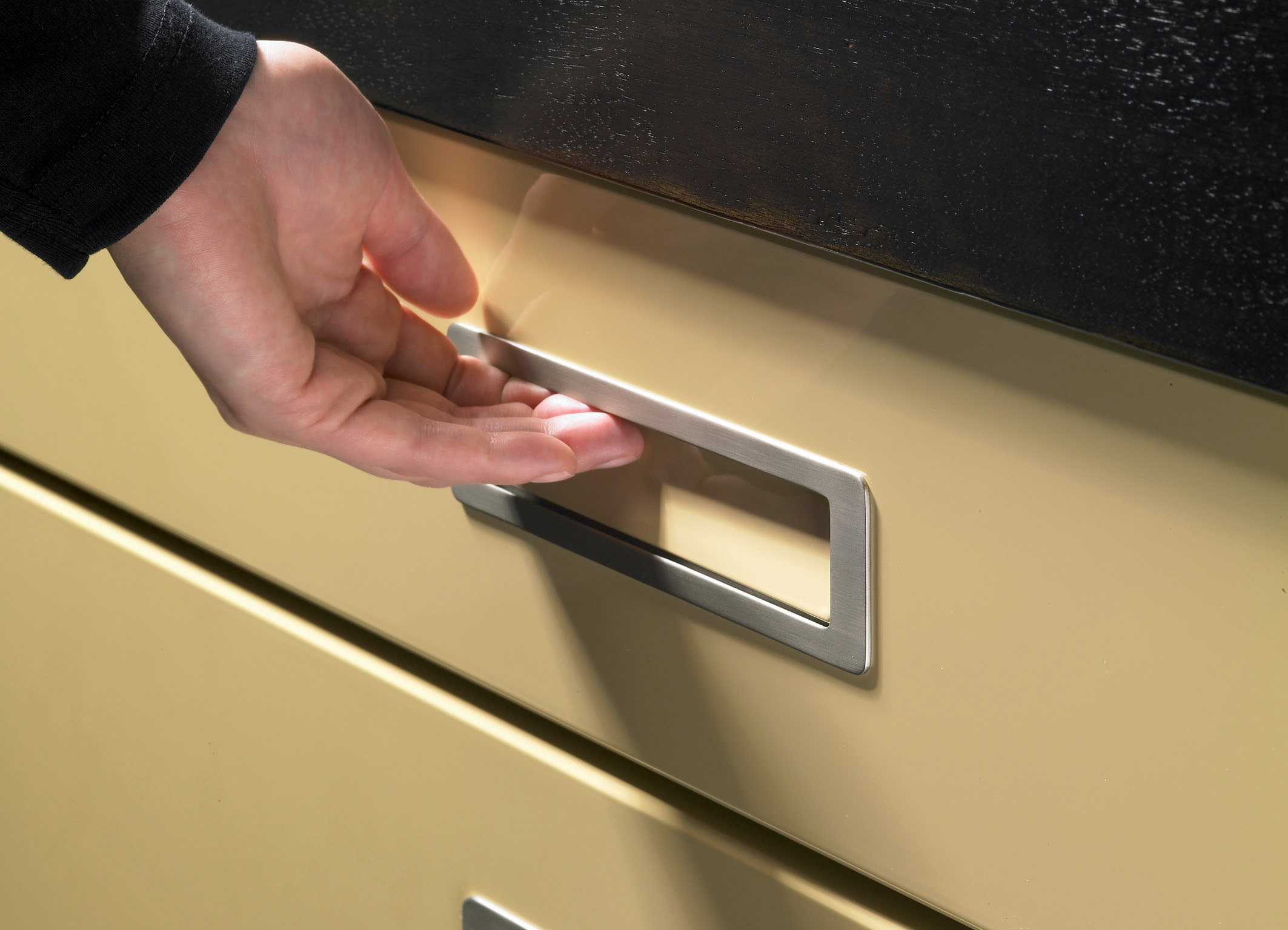Sliding Door Handles >> Hettich Touch-in Handle Just Released in U.S.