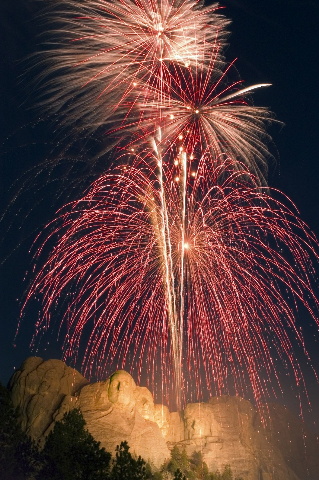 Mount Rushmore Fireworks To Kick Off American Celebration