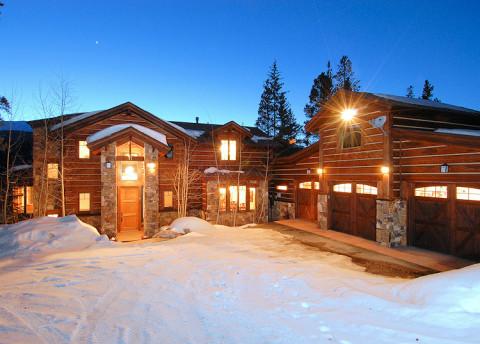 Rocky Mountains Ski Destination Traveler Data Is Shared