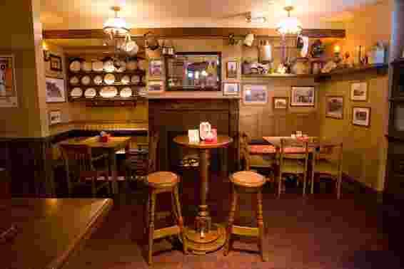 Tigin Irish Pub Restaurant St Louis