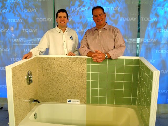Miracle Method Franchisee, Phil Sokol And Today Show Home Improvement  Expert Lou Manfredini, With The Tub Sokol Prepared For The Show.