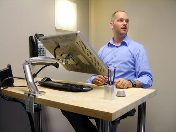 Ergotron LX Dual Side By Side Arm Ergotron MX Desk Mount LCD Arm