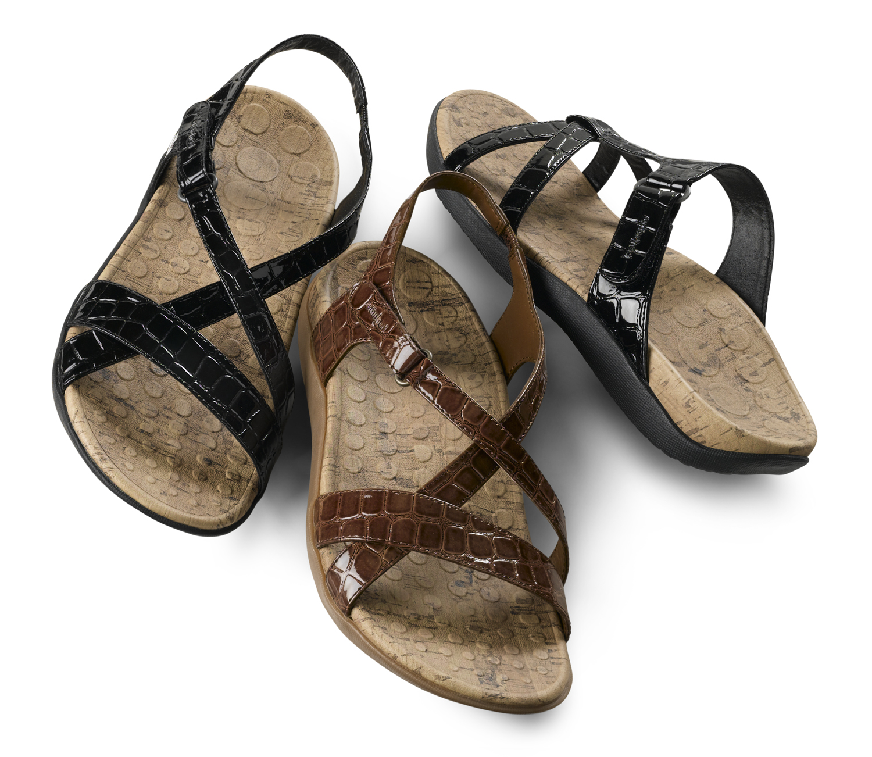 6d95fba22 New Seaside and Seatrek sandals feature Orthaheel s built-in