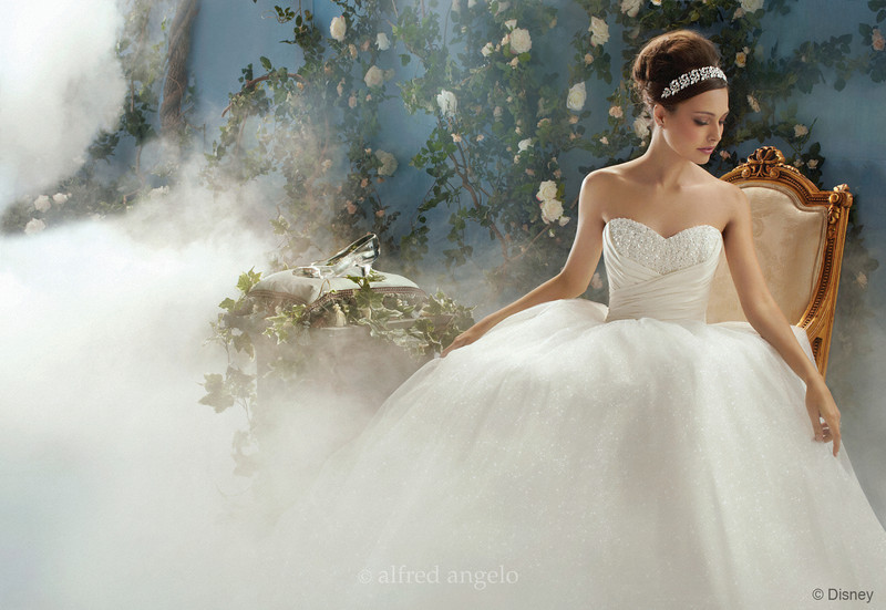 Alfred Angelo Bridal Celebrates Opening of First Georgia Signature Store