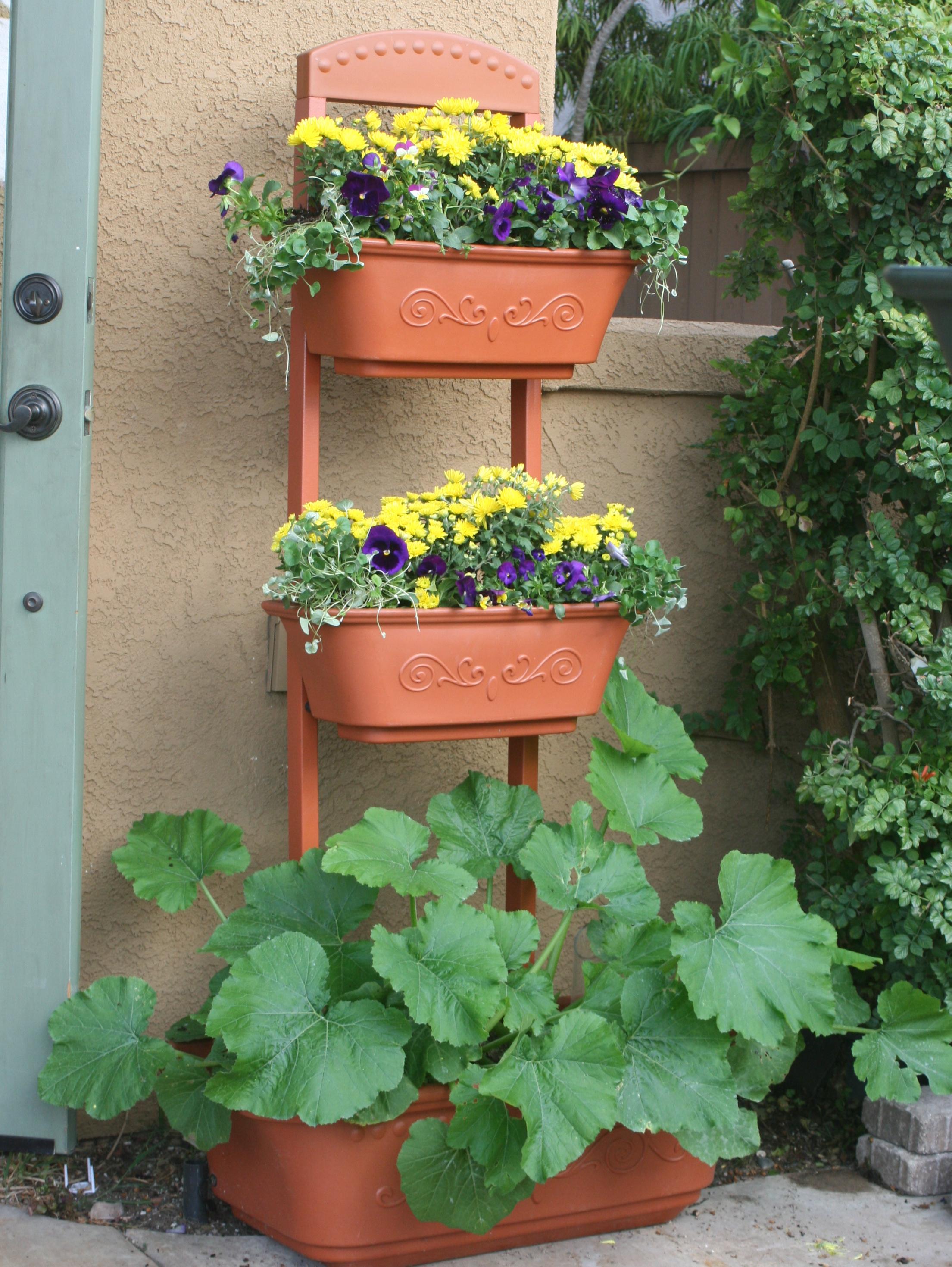 Organic Gardening Magazine Features The Monkeypots Perfect Patio Planter Vertical Garden