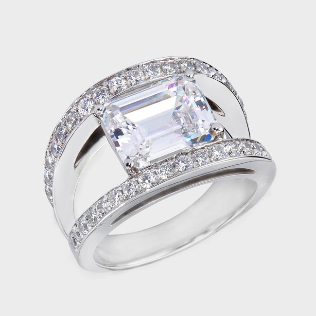 Jewelry Designer Birkat Elyon Says Cubic Zirconia Cocktail
