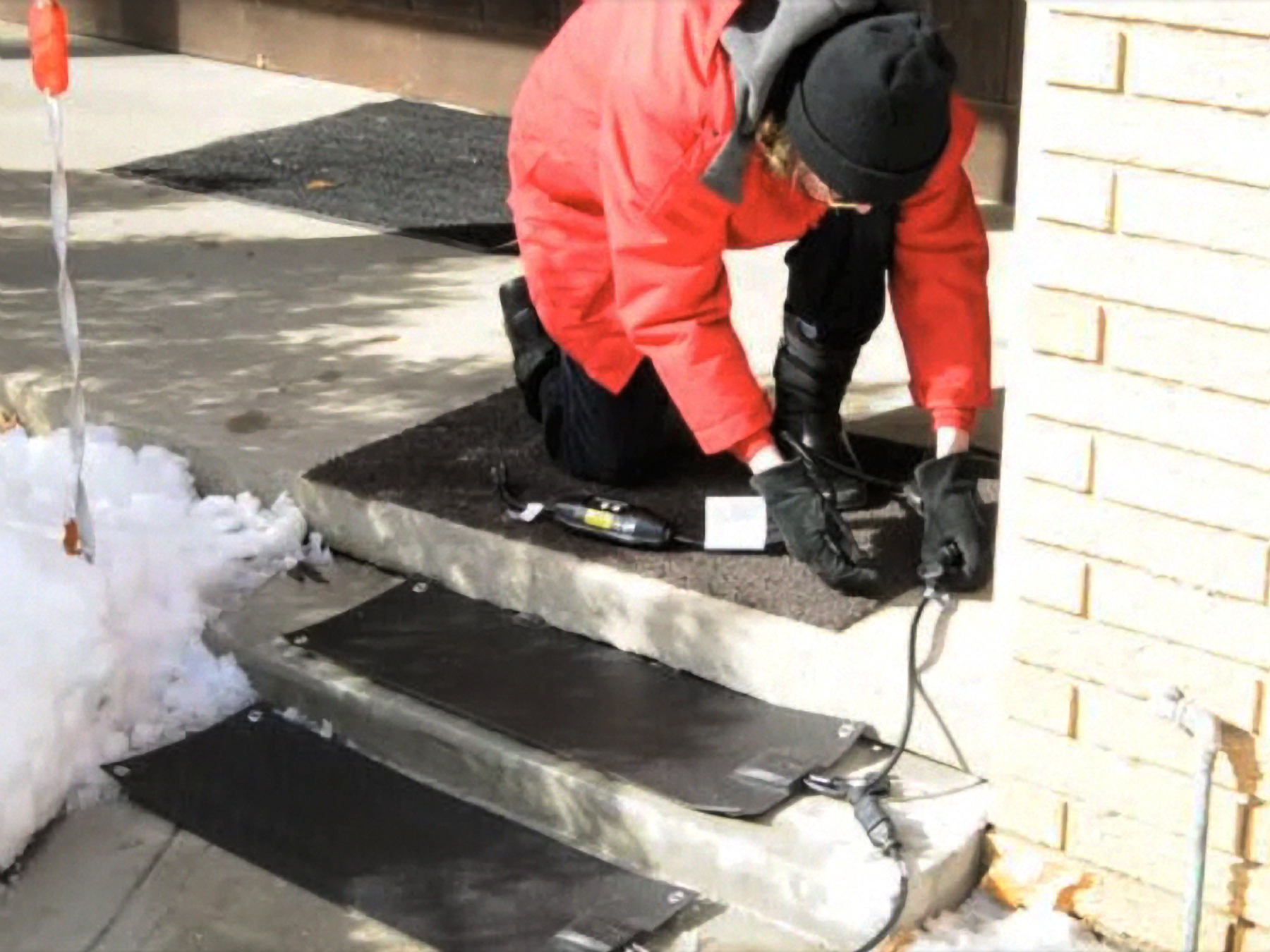 Image of: New Residential Heated Stair Tread Mats Melt Snow And Ice From Outdoor Steps
