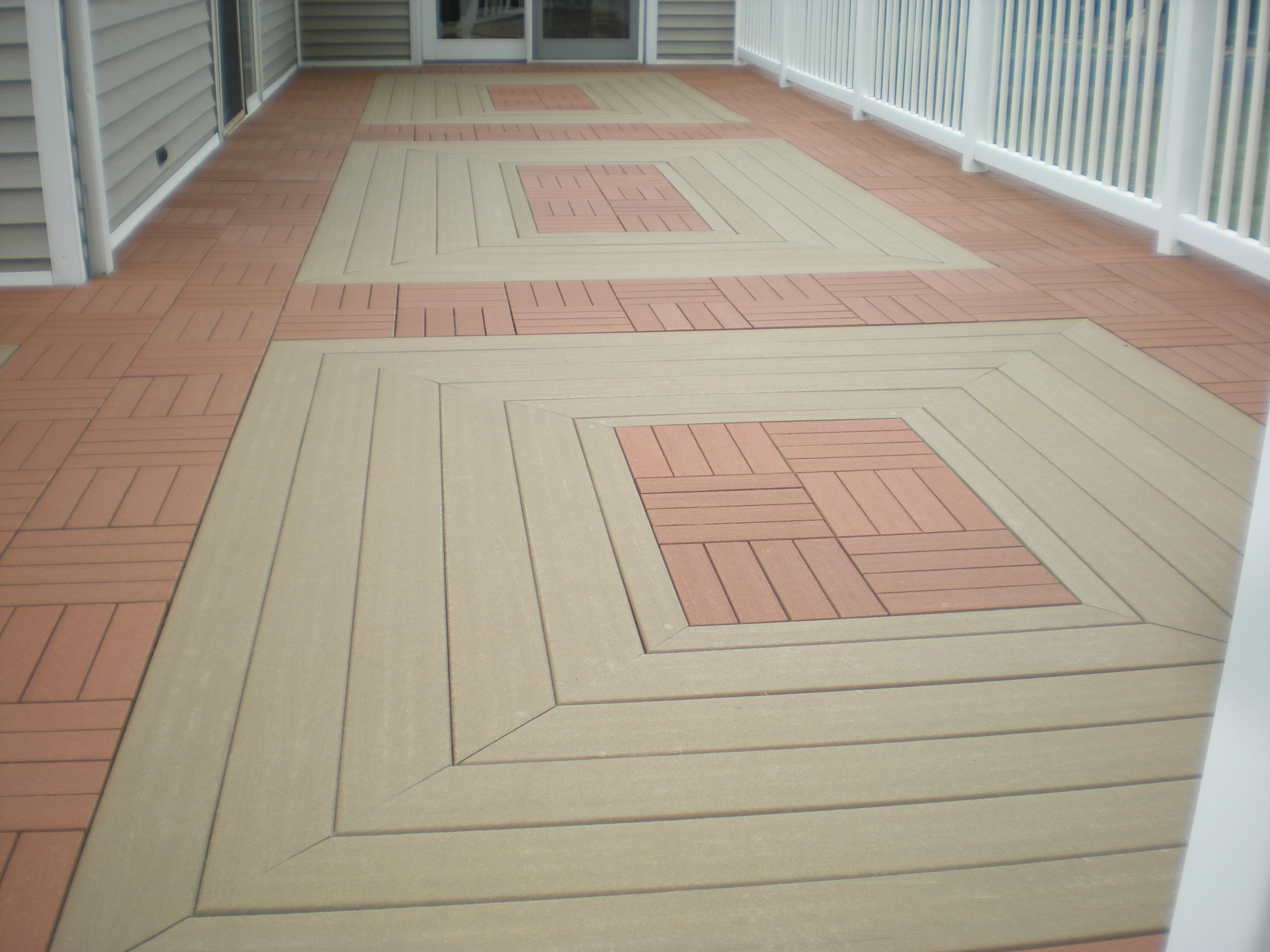 A Combination Of Moistureshield Composite Decking Ecoshield Deck Tiles Give New Look To An Existing