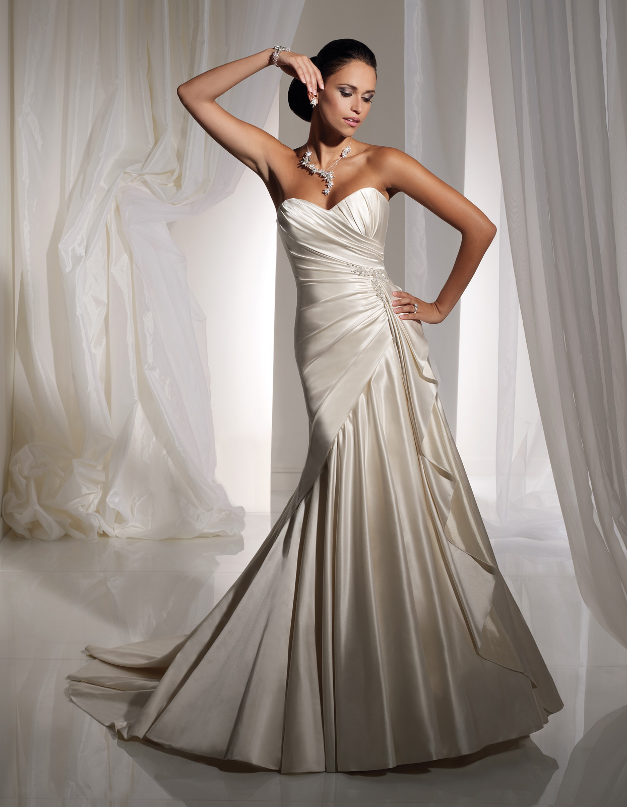 House of Brides Releases its Sophia Tolli Trunk Show Date