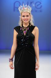Laura Coleman - Miss England 2008 - wears Barbara Easton Jewellery on the Pure London Fashion Show catwalk